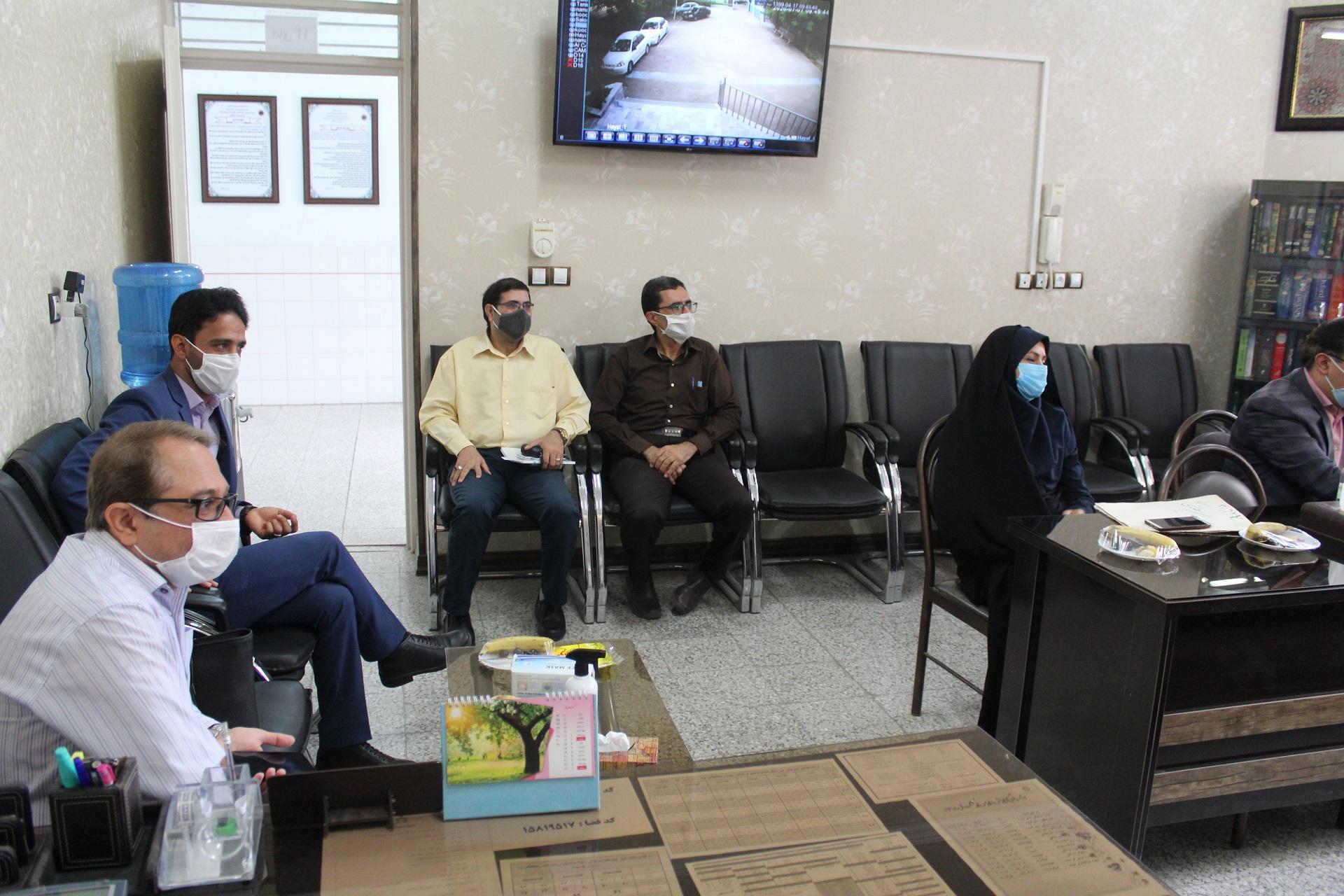 برگزاری جلسه شورای دبیرستان