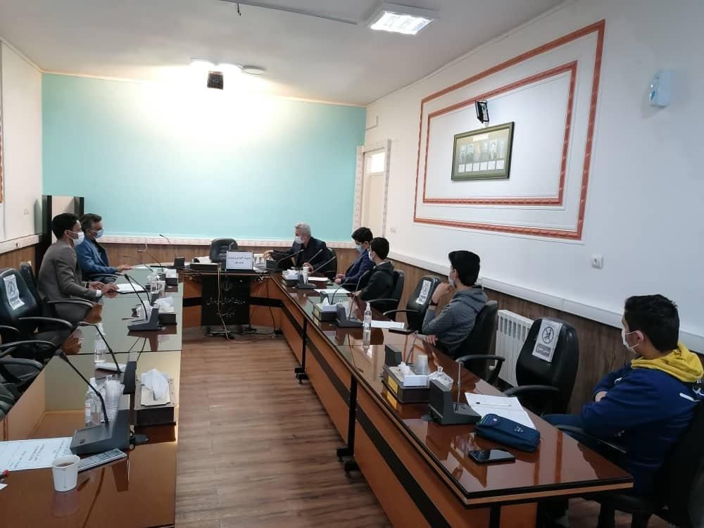 هماندیشی شورای دانش آموزی دبیرستان با ریاست ناحیه یک